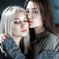 Два человека - две вселенные :: Christina Brezgina