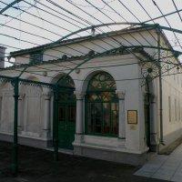 Внутренний дворик :: Александр Рыжов