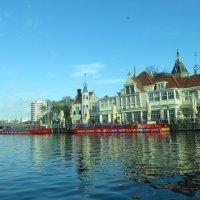 Экскурсионные катера :: Natalia Harries