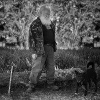 Там где человек - там собака ... :: Roma Chitinskiy