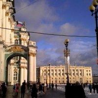 На Дворцовой площади :: Svetlana Lyaxovich