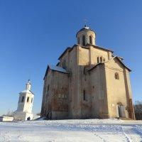 Храм Михаила Архангела в Смоленске,12 век :: Татьяна Сапрыкина