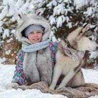 Зимняя фотосессия в сосновом лесу :: Наталья
