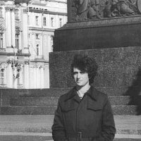 на Дворцовой площади 1975г. :: Александр Корчемный