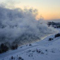 Морозное утро на Ангаре :: Владимир Гришин
