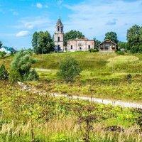 Современная подмосковная деревня. :: Александр Куканов (Лотошинский)