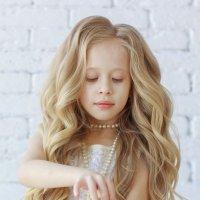 Волшебная девочка :: Алина Меркурьева