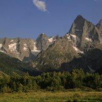 Чотча (3637 м) и Хакель (3645 м) :: Леонид Сергиенко