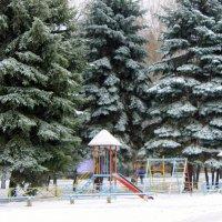 На детской площадке тихо и пусто. Холодно. :: Валентина ツ ღ✿ღ