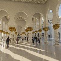 Мечеть шейха Заеда :: Gennadiy Karasev