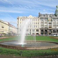 Фонтан на площади перед Казанским собором :: Елена Семигина