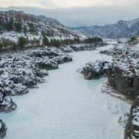 Замёрзшая река :: Андрей Поляков