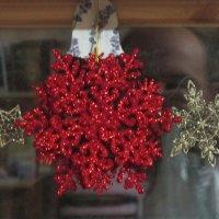 Красная снежинка :: Дмитрий Никитин