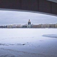 Под мостом... :: Senior Веселков Петр