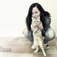 Любимый котик :: Юрий ОВОДКОВ
