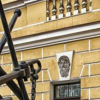 Якоря возле здания Адмиралтейства в Санкт-Петербурге :: Игорь Свет