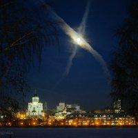 Луна висит на перекрёстке дорог небесных :: StudioRAK Ragozin Alexey
