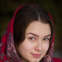 Лиза (Красный платок) :: Андрей Сурнин