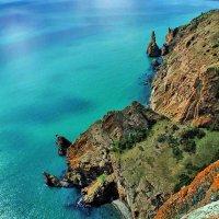 бухты и скалы Карадага с 300м :: viton