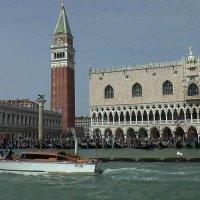 Venezia.Il Campanile e il Palazzo Ducale :: Игорь Олегович Кравченко