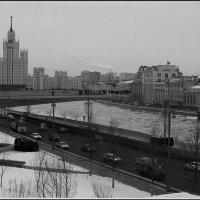 Москва. Парящий мост. :: Михаил Розенберг