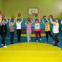 бабушки-спортсменки... :: леонид логинов