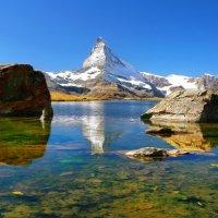 пейзажи озера в горах :: Elena Wymann