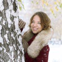 Юлия в осеннем снегу :: Mikhail Linderov