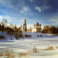 Зима на Соборной горке :: Юрий Григорьевич Лозовой