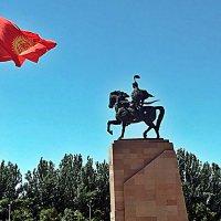 Памятник Манасу . :: Виталий Селиванов