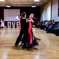 Танец для троих :: Юлия Закопайло