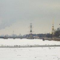 Зимой на Неве. :: Senior Веселков Петр