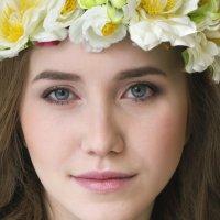 девушка Весна :: Оксана Задвинская