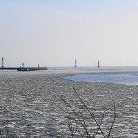 Слева вход в гавань Балтийска :: Маргарита Батырева