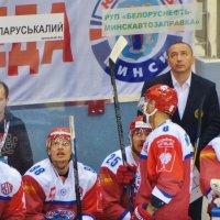 ВСЁ ВЫШЕ... :: Валерий Руденко