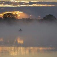 Рыбацкое утро :: Виктор Позняков