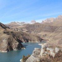 В ущелье озера Гижгит :: Светлана Попова
