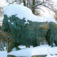 Лев в снежной шапке. :: Лия ☼