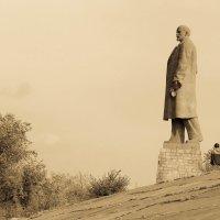 - и Ленин всегда впереди :: Андрей