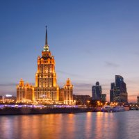 Огни Москвы :: Олег Пученков
