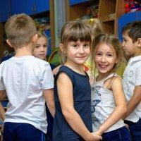 Тусовка в детском саду :: Дмитрий Конев