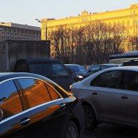 ритмы и блики города :: Олег Лукьянов