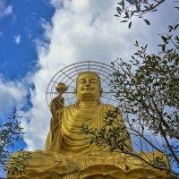 Золотой Будда... :: Sergey Gordoff