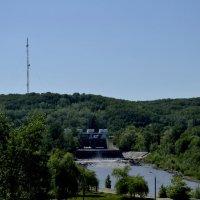 Плотина на реке Белой :: Геннадий Титов
