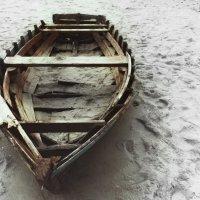 старая лодка :: Алексей Руднев