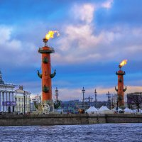 Пламя Ростральных колонн :: VikTori