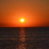 Закат на море :: Ольга Беляева