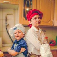 повар и помощник повара )) :: Irina Novikova