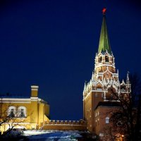 Одна из башен Кремля... :: Наталья Меркулова