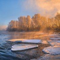 Рассвет на реке :: Фёдор. Лашков